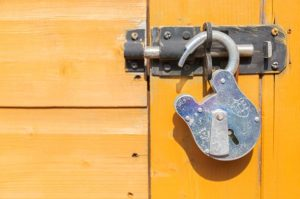 DP API encryption ineffective in Windows containers: Publicly Available Cryptographic Keys (CVE-2021-1645)